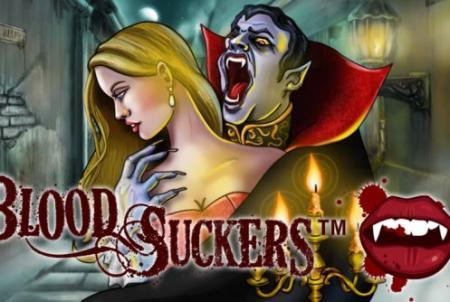 verinen vampyyri puree kaunista naista kaulasta
